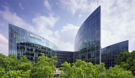 American Home Interiors by Microsoft European Headquarters Arquitectonica