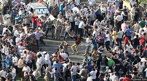 Konflik Kembali Terjadi di Mesir, Ratusan Orang Terluka
