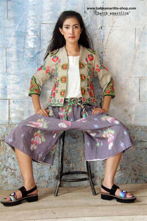 Batik Danar Hadi Bali 1258 best images about beautiful batik on fashion weeks javanese and kebaya