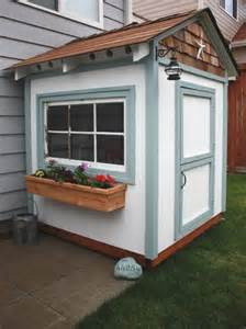 Playhouse Windows And Doors Ideas 10 Awesome Playhouse Accessories Kidspace Interiors
