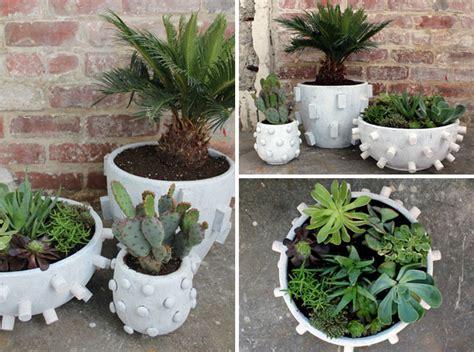 Fabriquer Pot De Fleur En Ciment by 10 Bons Conseils Et Id 233 Es Diy Pour Fabriquer Un Pot De Fleurs