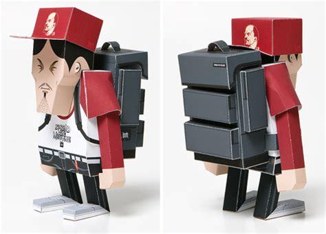 Paper Toys - brownbreath momot paper toys