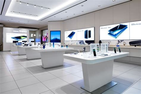 samsung store at sherway gardens by cutler toronto canada 187 retail design retail