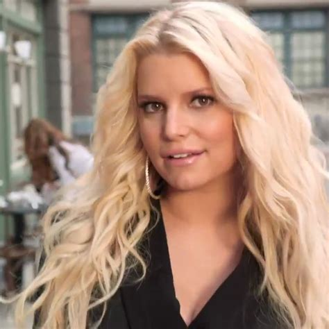 celebrity on vacation video jessica simpson pregnant on vacation video popsugar