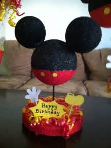 mickey mouse center pieces mickey mouse centerpieces cake ideas and designs