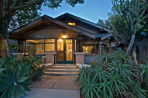 craftsman bungalows california bungalow and craftsman real estate