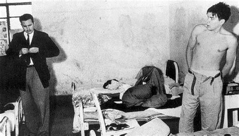 cuban men in bed fidel castro y el che detenidos internacional el pa 205 s