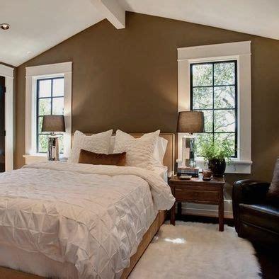 crown bedrooms 100 crown bedrooms best 25 maroon room ideas on 100 best trim and crown images on pinterest home ideas