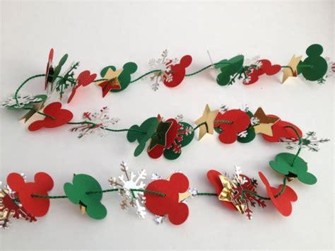 13 simple fun disney christmas crafts