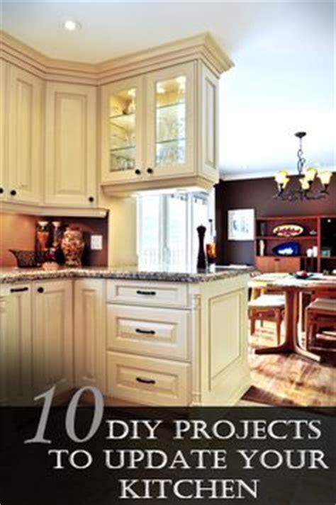 10 kitchen cabinet tips diy get inspired kitchen mini makeover ideas cabinets