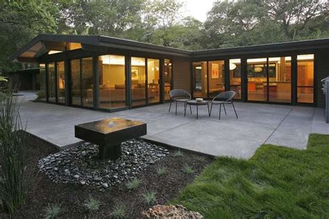 small mid century modern homes east bay home tour sets course for sustainability sfgate
