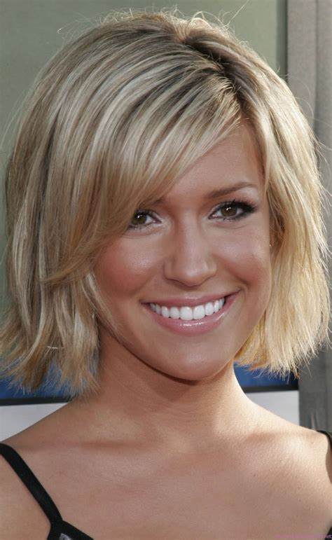 pictures of haircuts that make thin hair look thicker 12 leading hairstyles for thin hair to make it look