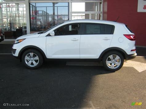 Kia Sportage Lx 2012 Clear White 2012 Kia Sportage Lx Exterior Photo 54766578
