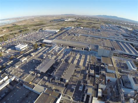 ford invests 2 6 billion in valencia operations in spain