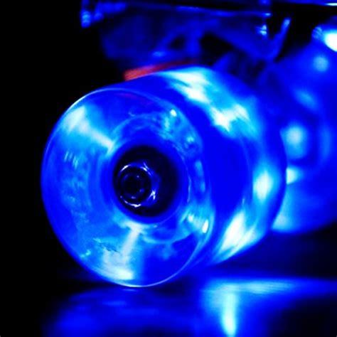 Longboard Light Up Wheels by Set Of 4 Led Light Up Skateboard Wheels With Abec 7 Bearings 60x45mm Blue Ebay