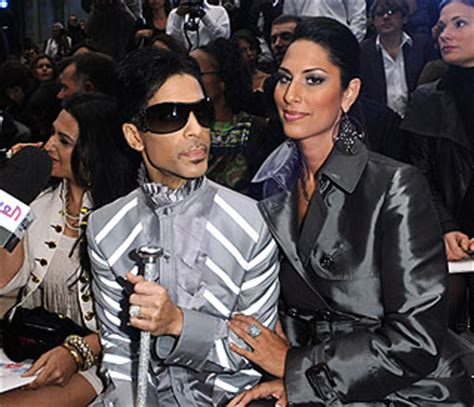 Prince Dating Identical by Prince Shows New Princess At A List Fashion Event