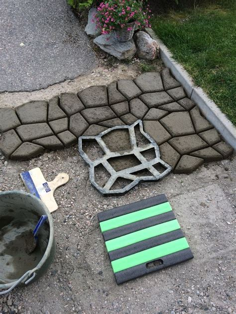 diy driveway paving pavement mold patio concrete stepping