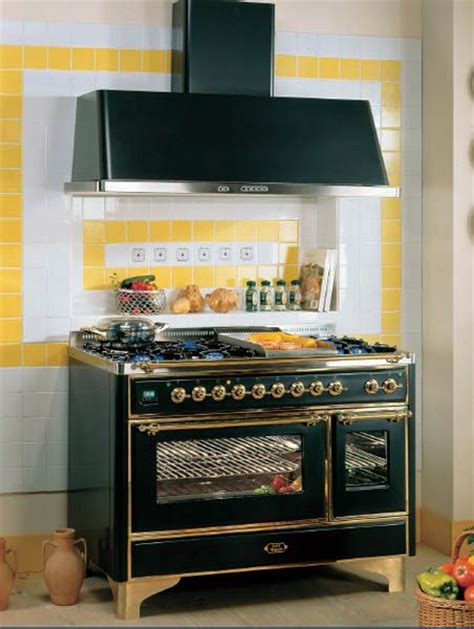 vintage style kitchen appliances retro kitchen design vintage stoves for modern kitchens