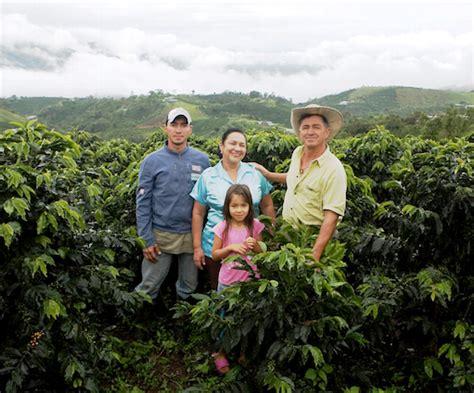 Imagenes De La Familia Rural | algrano mujer y familia eje central de la actividad