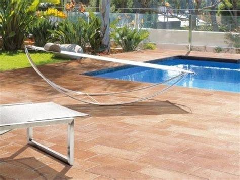 piastrelle pavimenti prezzi piastrelle da giardino prezzi piastrelle