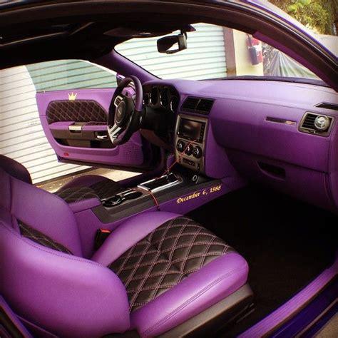 Auto Tuning Innenausstattung by Dodge Challenger Purple And Black Interior