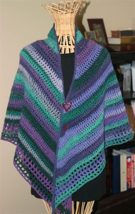 crochet shawls crochet poncho for spring free pattern easy crochet shawl by pia lind 233 n free crochet pattern