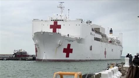 usns mercy and comfort usns comfort mercy class hospital ship t ah 20 arrives