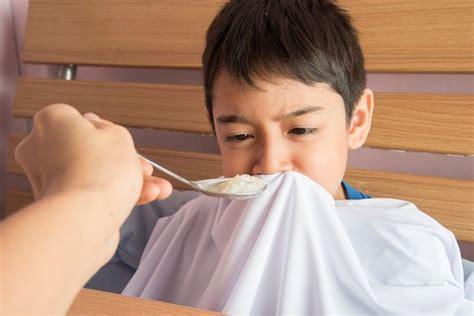 Cari Obat Amandel Herbal cara mengobati amandel pada anak di rumah alodokter