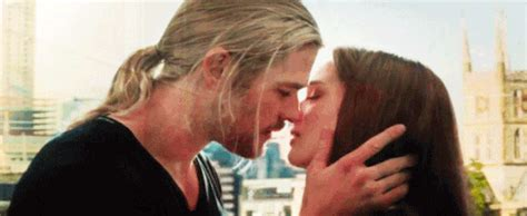 film thor kiss thor and jane gifs find share on giphy