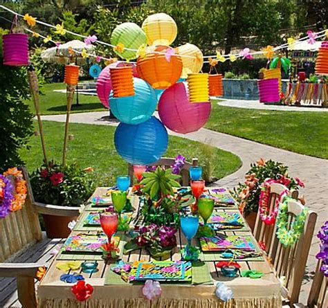 hawaiian table decorations ideas city serves up chic luau ideas for a