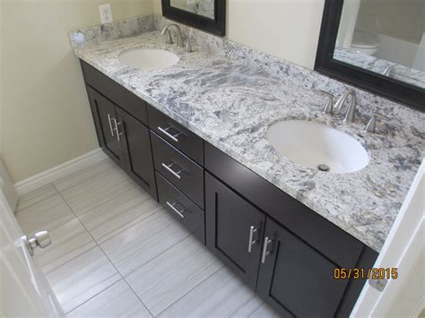 Kitchen Cabinets Online Canada by After Shaker Espresso Cabinet With Romanix Granite And