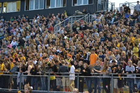student section cheers gohawks student section revs up teams the thunderhawk