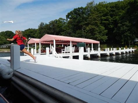 lake geneva mailboat tour schedule fountain and front of the riviera boat pier picture of