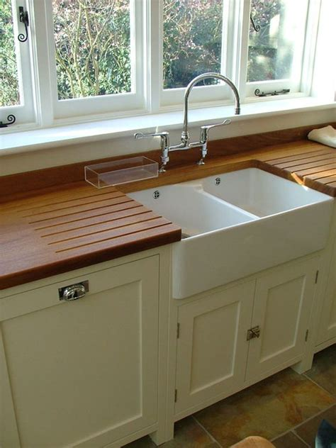 kitchens with belfast sinks 17 best images about kitchens photos under sink taps