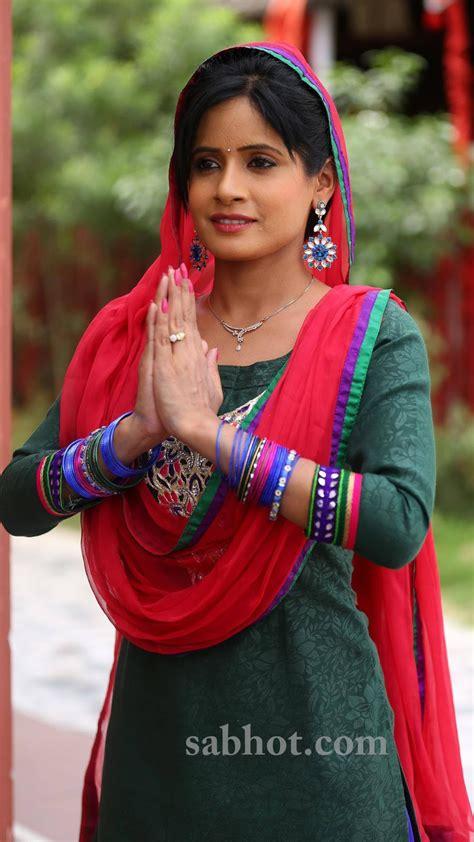 saxy miss pooja miss pooja looking beautiful auto design tech