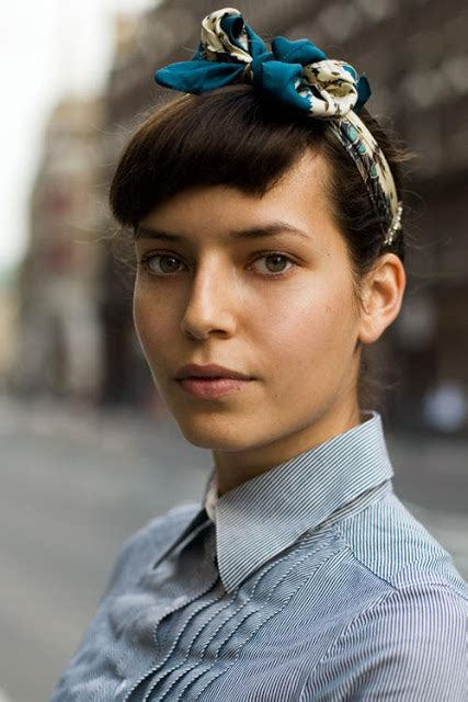 how to wear bangs in your forties express o fashion inspiration 40 s headscarf