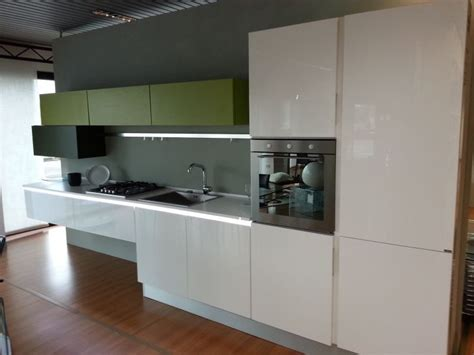 cucine composit cucina composit cucina acrilico cucine a prezzi scontati