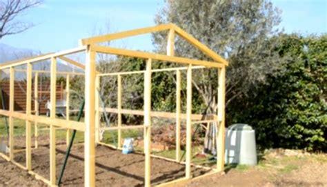 comment construire une serre de jardin moderne et efficace