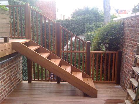 Escalier Exterieur En Bois by Escaliers En Bois Ext 233 Rieurs Sur Mesure Les Diff 233 Rents