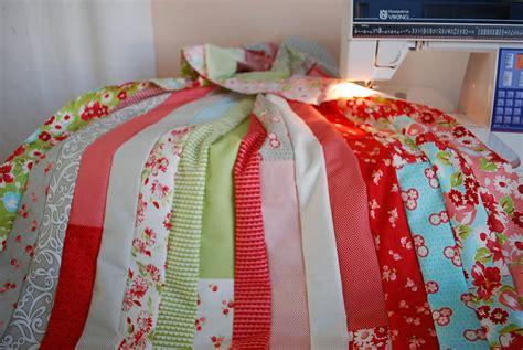 Jelly Roll Quilt Tutorials by Crafty Garden Jelly Roll Race Quilt Tutorial