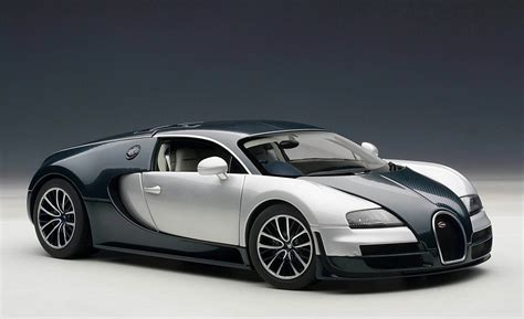 Bugati Images by White And Black Bugatti Veyron Wallpaper Image 136