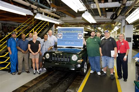 Chrysler Plant Belvidere by Chrysler Belvidere Builds 1 Millionth Vehicle Autoevolution