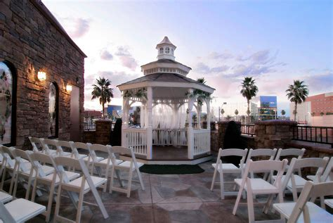 Las Vegas Weddings, Packages From $75