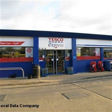 Tesco Garage Opening Times by Tesco Stores Grocery High Wycombe Buckinghamshire