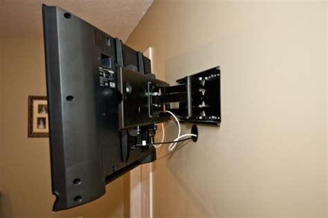How To Install A Wall Mount Tv Bracket Tv Wall Mount Installation