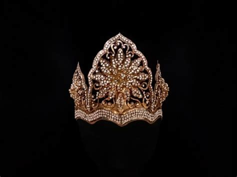 Mahkota Crown vintage mahkota diamante encrusted bridal crown traditional arabesque gold filigree