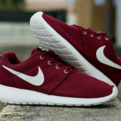 burgundy nike shoes best 25 nike shoes ideas on shoes tennis