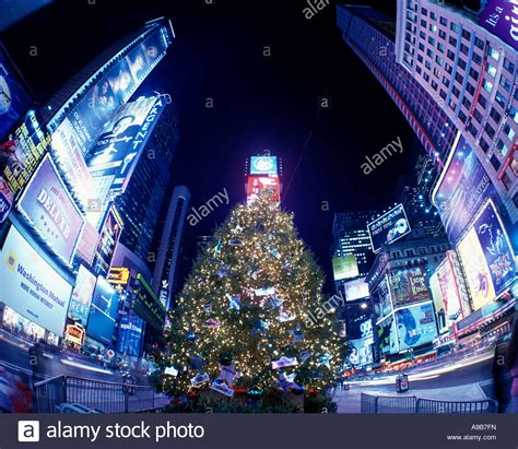 christmas tree lights times square midtown manhattan new
