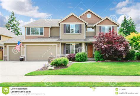 house landscape photos beige large luxury house with summer landscape stock image image 27278321