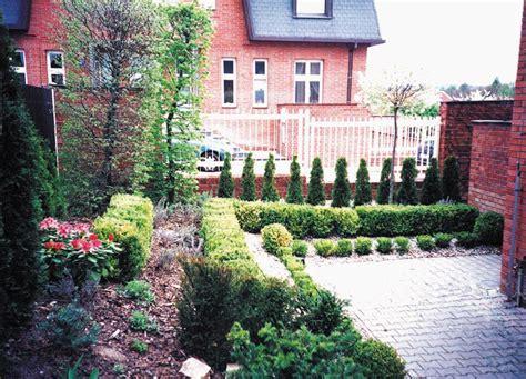 formal italian garden formal garden marigreen ltd garden design